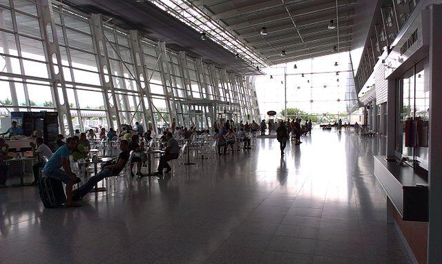 Neuer Flughafen Lwiw
