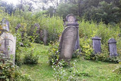jüdischer Friedhof bei Rachiw